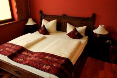 hotel-ling-bao (1)