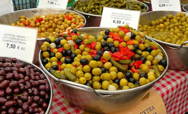 olives-992240_1920